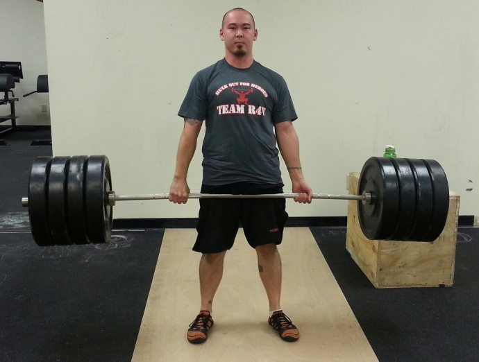 Daemon deadlifting a lot of weight!